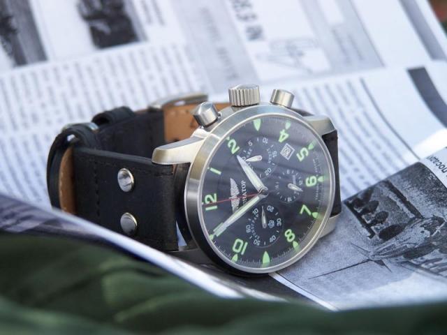 Oups, ma montre par terre!!! 120316Aviator2