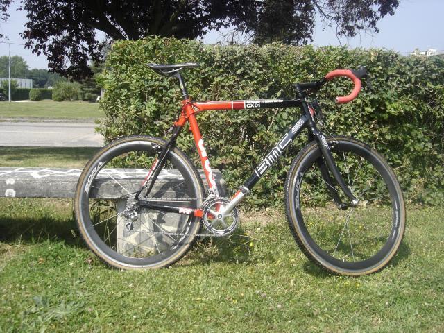 Présenter votre VTT ou vélo cyclo-cross - Page 4 152330DSC04557