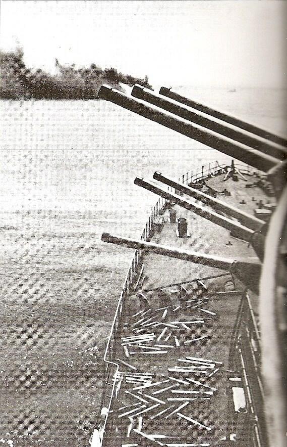 FRANCE CROISEURS LEGERS CLASSE LA GALISSONNIERE  167320Tir_Montcalm_Dakar_1941