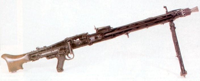 Les armes de l'infanterie: Les mitrailleuses. 202494mg42a