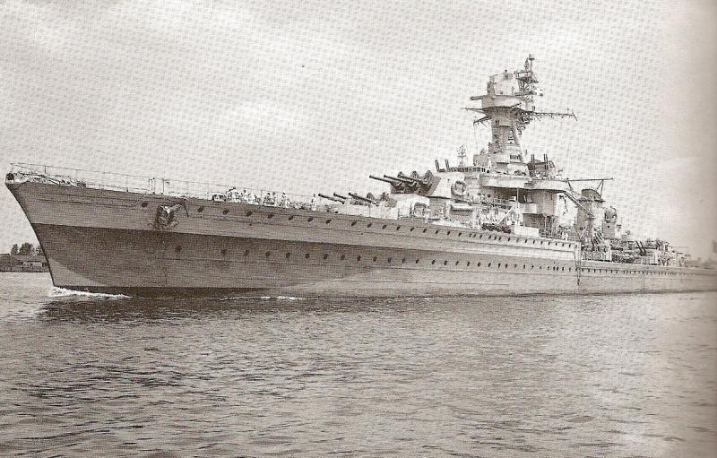 FRANCE CROISEURS LEGERS CLASSE LA GALISSONNIERE  212408Montcalm_Philadelphie_1943