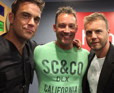 Robbie et Gary à la BBC Radio 1 26/08/210 - Page 2 24673145239_154569021225237_100000164202984_540178_8132692_n