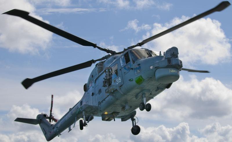 AGUSTAWESTLAND LYNX 25069Royal_Navy_Lynx_318