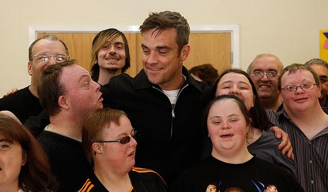 Robbie en visite à Blurton 04-10-2010 278888unit12