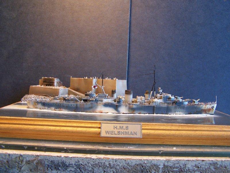 Un petit résumé de mon projet naval Airfix  1/600 312252kitsairifxraliss007