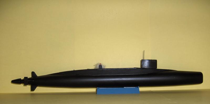 Sous marins Redoutable/Triomphant par Flash au 1/400 - heller 321474HPIM1180