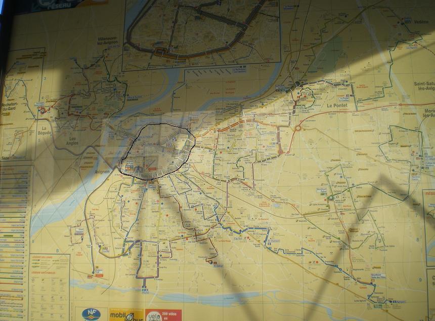 AVIGNON :TGV ,DEMOISELLES ET PONTS PRESENTS MAIS ARLES RESTE MUET CE SOIR 321571IMGP8438