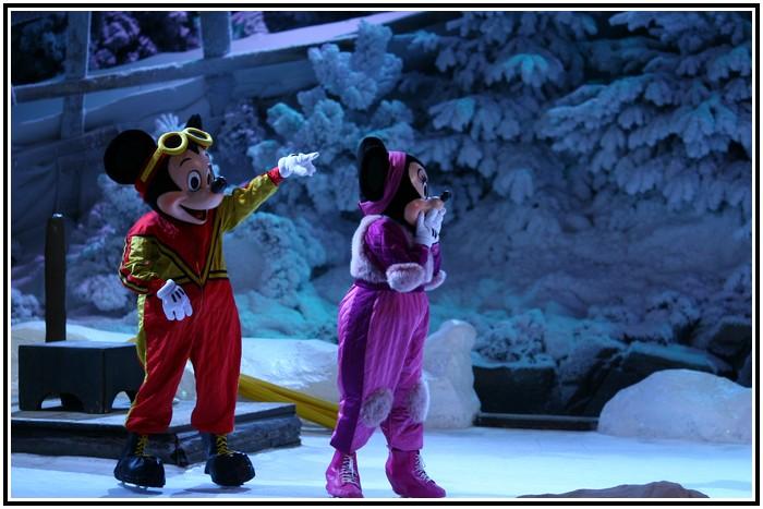 Spectacle Mickey et la magie de l'hiver 342971IMG_0175