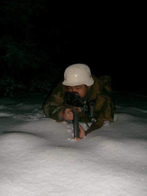 Allez je me lance! (Panzergrenadier de la 21 eme Pzdiv) 366741f