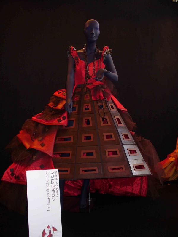 Le salon du chocolat à Paris 369631robe5