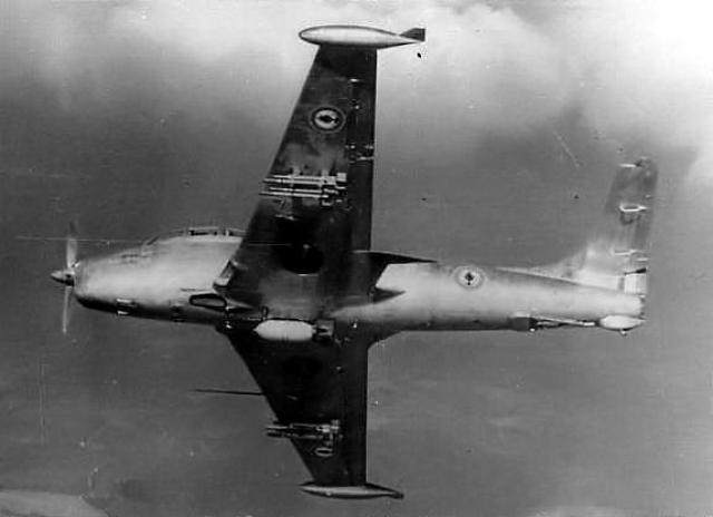 DOUGLAS A-1 SKYRAIDER 37321Breguer_Vultur