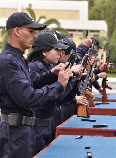 صور للشرطة الجزائرية  3838267802C2