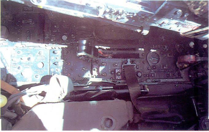 [MC1 - F4 Phantom] F-4N Phantom II Hasegawa 1/48 - TERMINE ! 385288f4nfront_console_g
