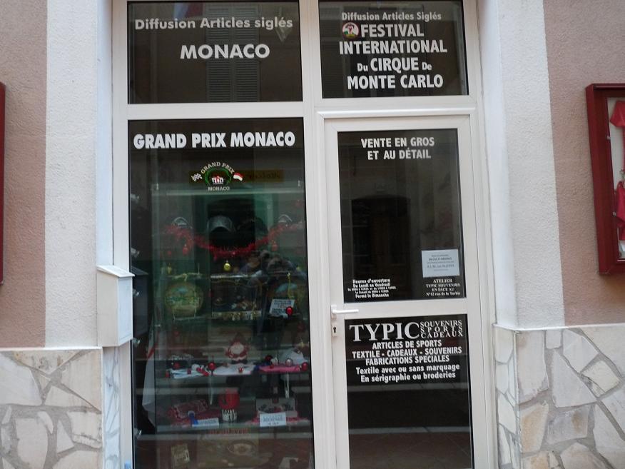 ROCHER DE MONACO :UN LYON REPU ET SANS RESSORT  NOUS LAISSE FRIGORIFIES SUR NOTRE FAIM :ASM 1 OL 1 - Page 2 391011P1030114