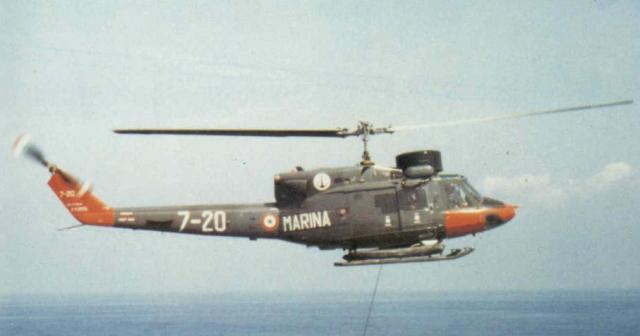 DESTROYERS LANCE-MISSILES CLASSE AUDACE 402723Agusta_Bell_AB_212ASW_Italie_02