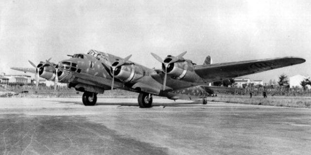 [MFA] BATAILLE NAVALE DE BENGHAZI 7-13 JANVIER 1949 418413Piaggio_P108