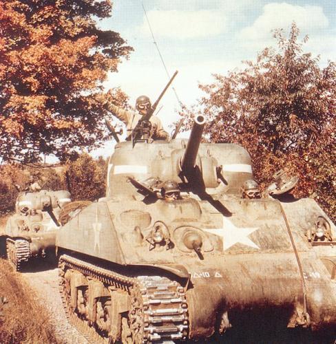 La compagnie de chars US 42576m4sherman7