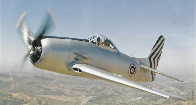GRUMMAN F8F BEARCAT 441115Grumman_F8F_2_Bearcat__aux_couleurs_Thailandaise_