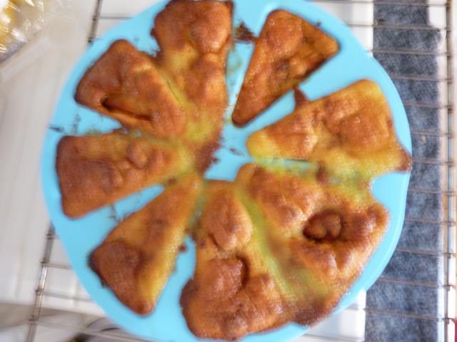 Gâteau aux pommes caramélisées 450724P1020192