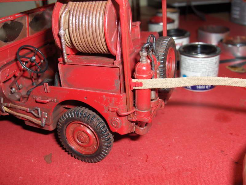 Fire Jeep 1/24 Italeri - Page 5 468973HPIM0854