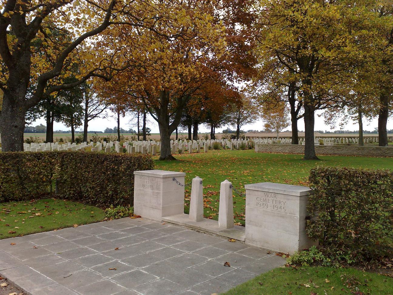 visite des cimetières du commonwealth.  493627004_1