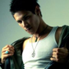 Twilight: Forks' Secret 557932alex_meraz_paul_3_twilight_series_5127587_100_100