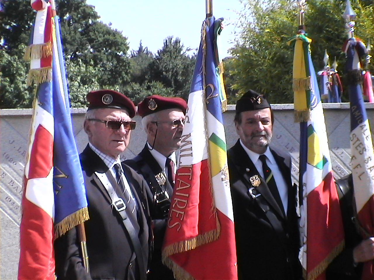 Cérémonie en hommage au Général BIGEARD au mémorial de Lauzach (56) 578575DVC02520