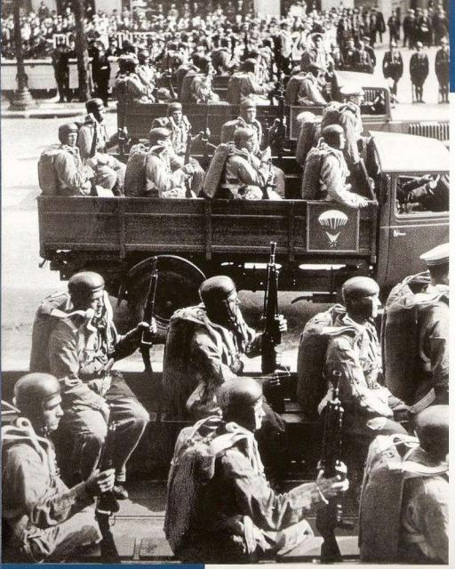[MFA] BATAILLE NAVALE DE BENGHAZI 7-13 JANVIER 1949 609410paras_francais_14071938
