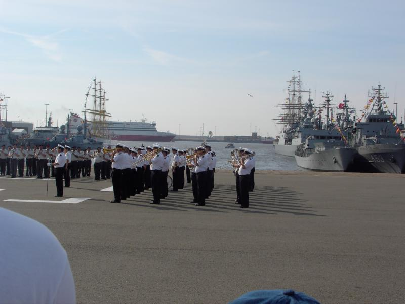 Zeebrugge : Opendeur - Portes Ouvertes - Navy Days - Page 12 612289defenceday2005_183