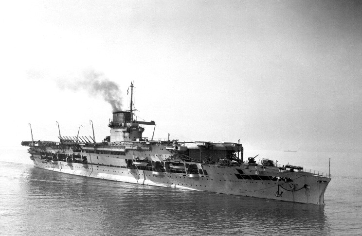 ROYAL NAVY PORTE-AVIONS CLASSE CENTAUR 633473HMS_Glorious