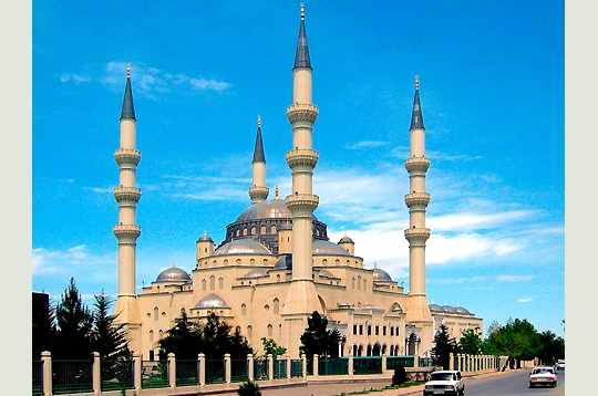 25 des plus belles mosquées du monde 634892turkmenistan_280349