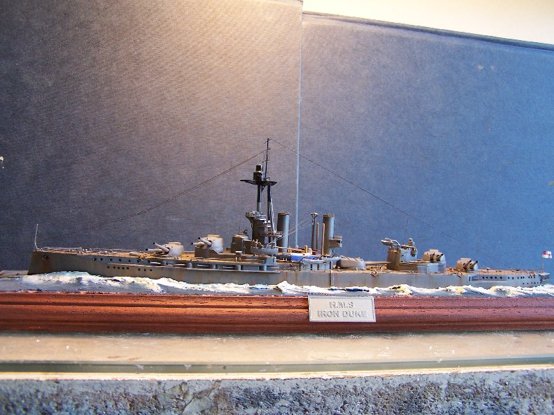 Un petit résumé de mon projet naval Airfix  1/600 636417kitsairifxraliss005