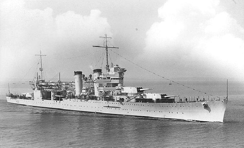 Le croiseur lourd USS New Orleans (CA-32) TRUMPETER au 1/700 652305h71787