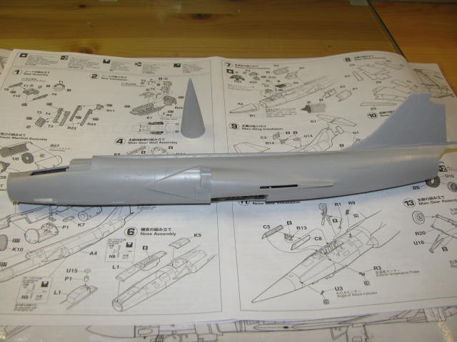 DUO: F-104N (NASA) + F-104G (BAF) Hazegawa 1/48  658558IMG_3270