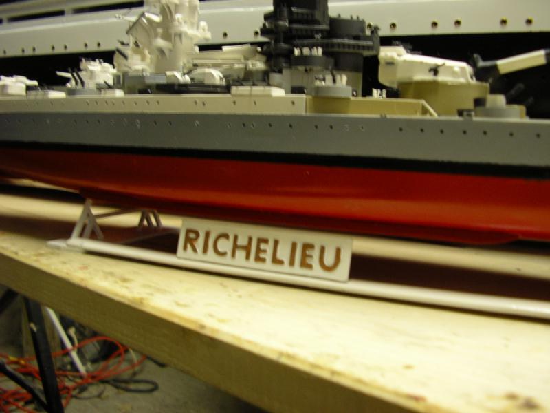 Le Richelieu au 1/400 de chez HELLER - Page 2 673762Le_Richelieu_028