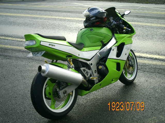 la ninja 600 si si une kawa 69083PICT1150
