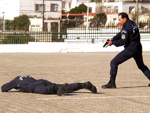 صور للشرطة الجزائرية  69631929218c2