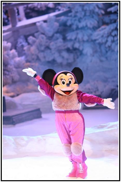 Spectacle Mickey et la magie de l'hiver 705091IMG_0116