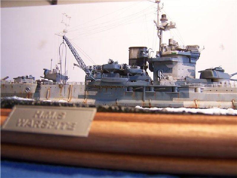 Un petit résumé de mon projet naval Airfix  1/600 717458hms_warspite_127