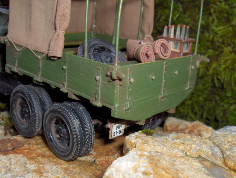 Camion Russe  GAZ-AAA 1934/1943 Zvezda 1/35 terminé!!! 744807HPIM1641