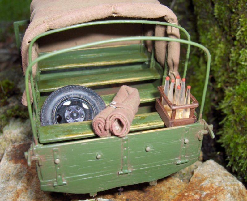 Camion Russe  GAZ-AAA 1934/1943 Zvezda 1/35 terminé!!! 745278HPIM1642