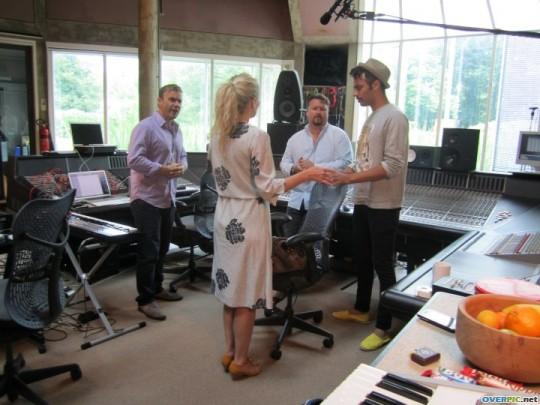 Gary au studio Real World rejoignant le projet lotus 06.10 774298xv7gfs0p83vemmlary078_s