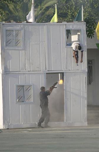 صور للشرطة الجزائرية  78652937056C2