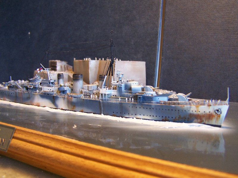 Un petit résumé de mon projet naval Airfix  1/600 789531kitsairifxraliss008