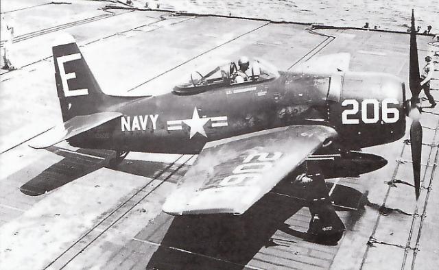 GRUMMAN F8F BEARCAT 79276Grumman_F8F_2_Bearcat_2