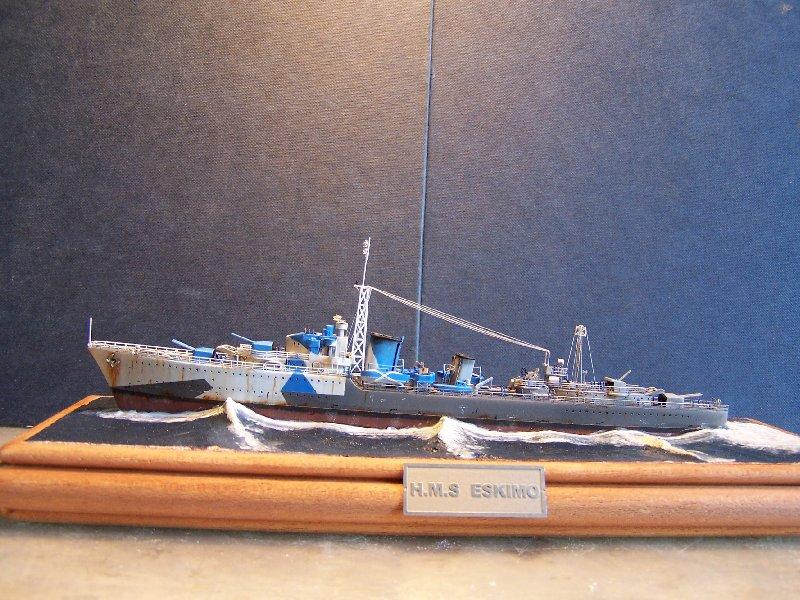Un petit résumé de mon projet naval Airfix  1/600 793415kitsairifxraliss003