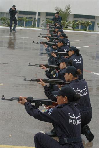 صور للشرطة الجزائرية  81344468171C2