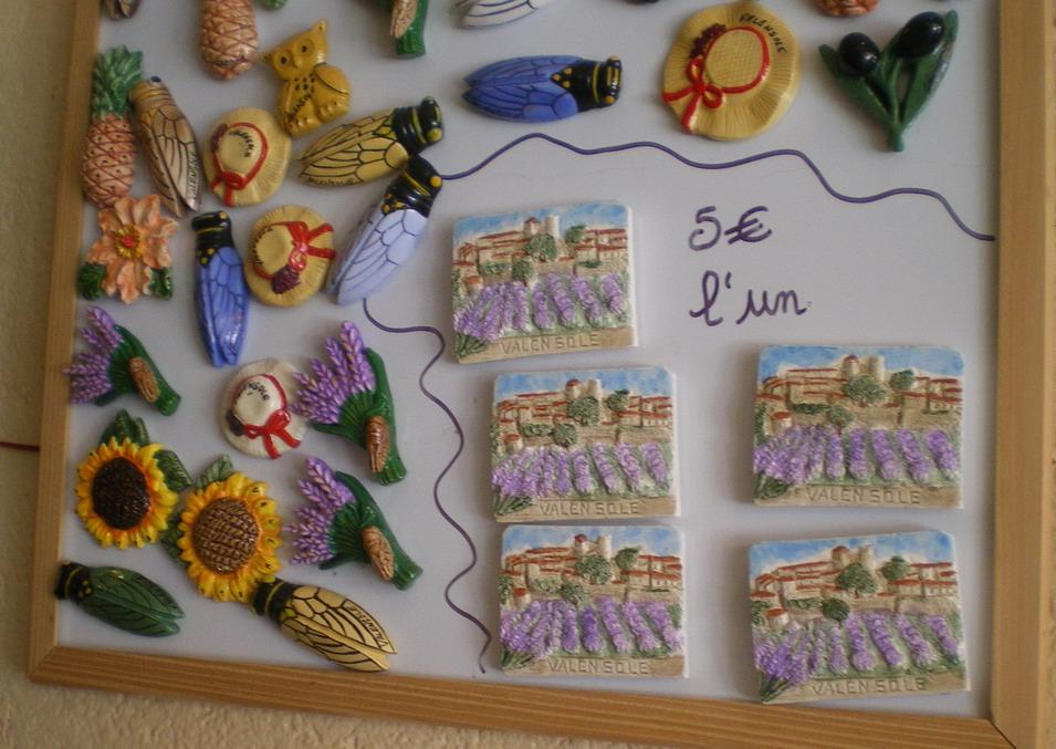 IL ETAIT UNE FOIS ..VALENSOLE - Page 3 826036IMGP5522