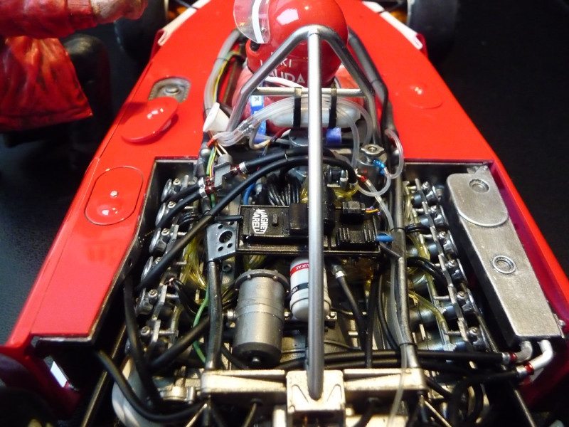 Ferrari 312T 1975 1/12 833713Ferrari_312T__255_