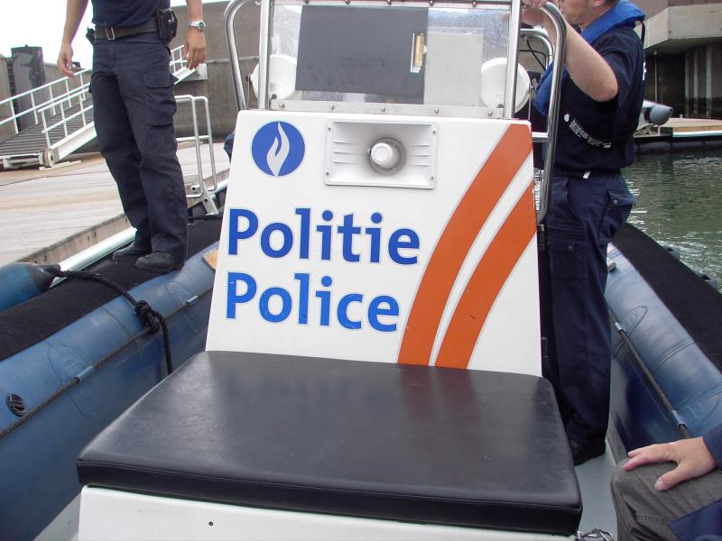 SCHEEPVAARTPOLITIE - POLICE DE LA NAVIGATION 839272IMAG0132